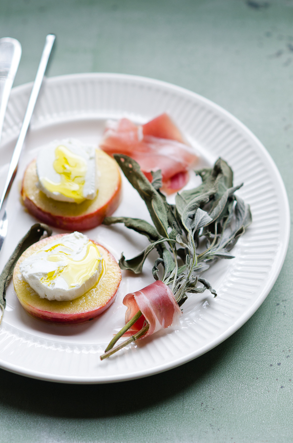 Goat Cheese on Wam Apple Slice with Crisp Sage and Prosciutto | At Down Under | Viviane Perenyi